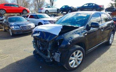 Продавать аварийный автомобиль самостоятельно или воспользоваться услугой выкуп авто?